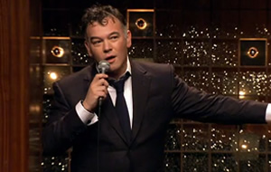 Stewart Lee - Overreacting to Del Boy Falling Through The Bar. 2009